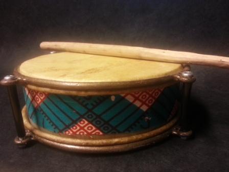 Tamburin mit Linienmuster