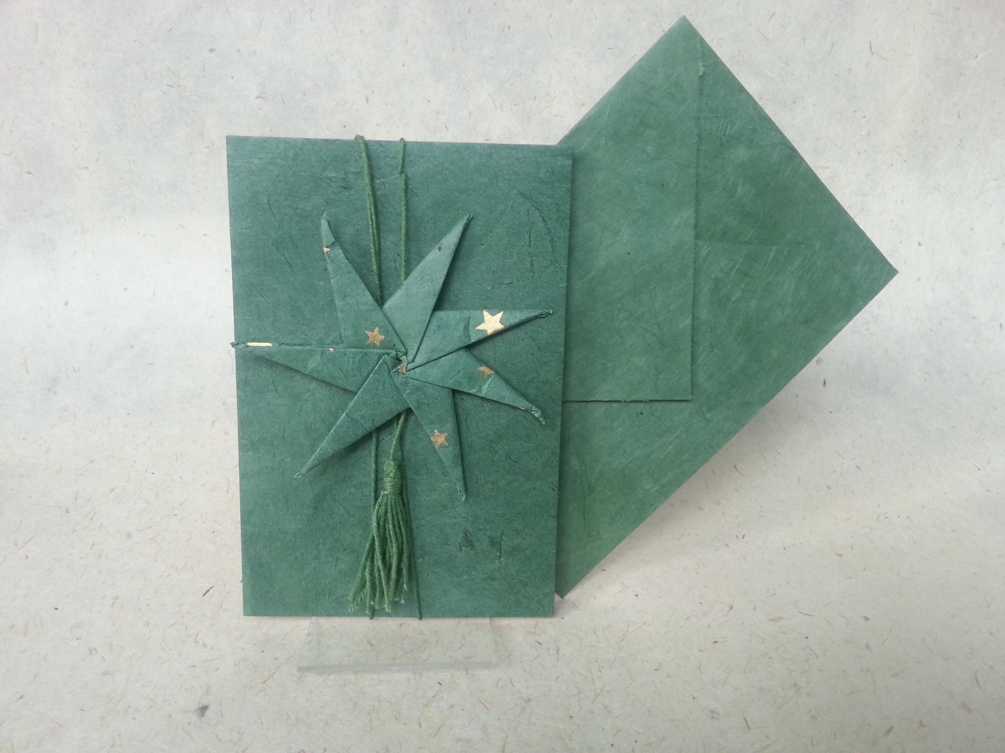 Faltkarte mit Stern am Faden