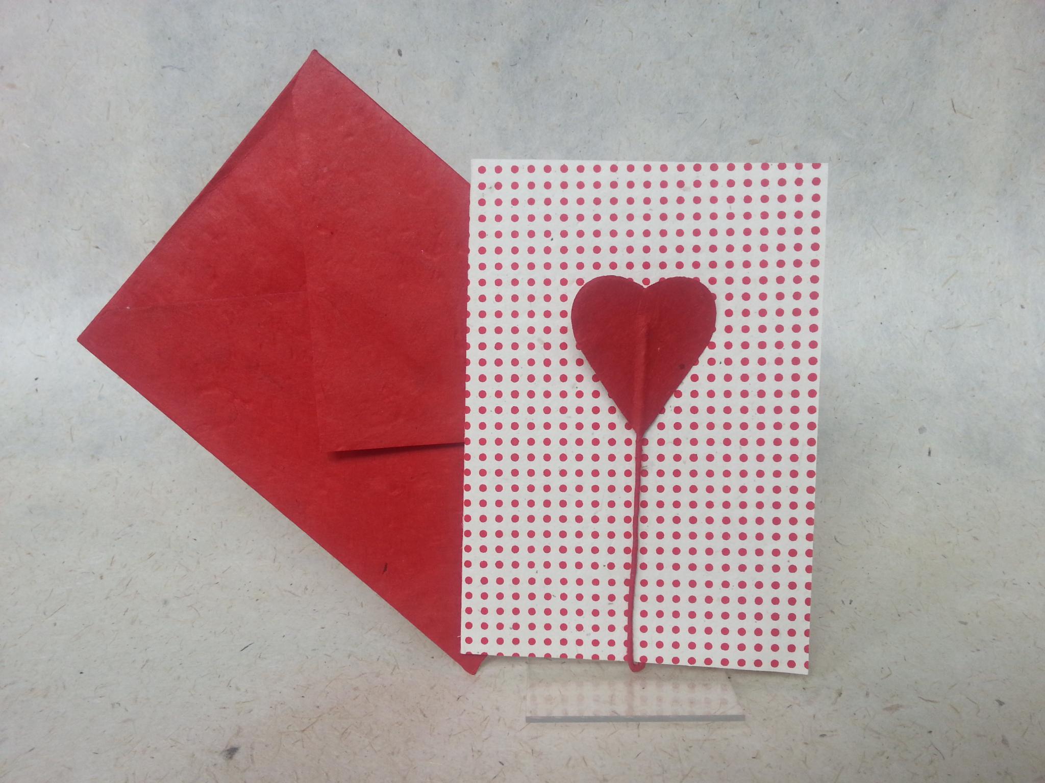 Faltkarte Herzblume mit rotem Umschlag